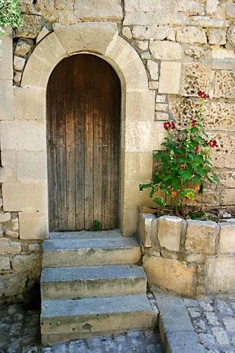 Arles-Doorway.jpg