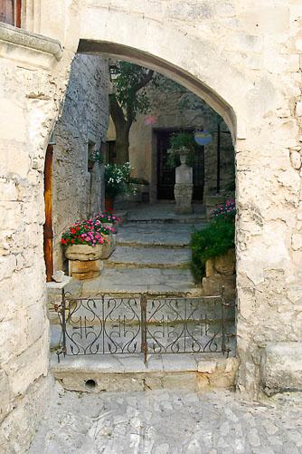 Les-Baux-Gate.jpg