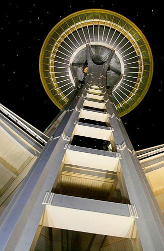 Space-Needle-at-Night.jpg